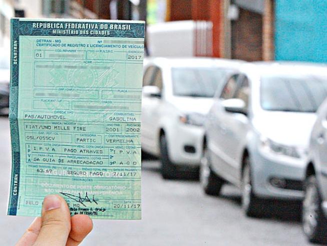 Pessoas que possuem qualquer tipo de veículo devem pagar o IPVA